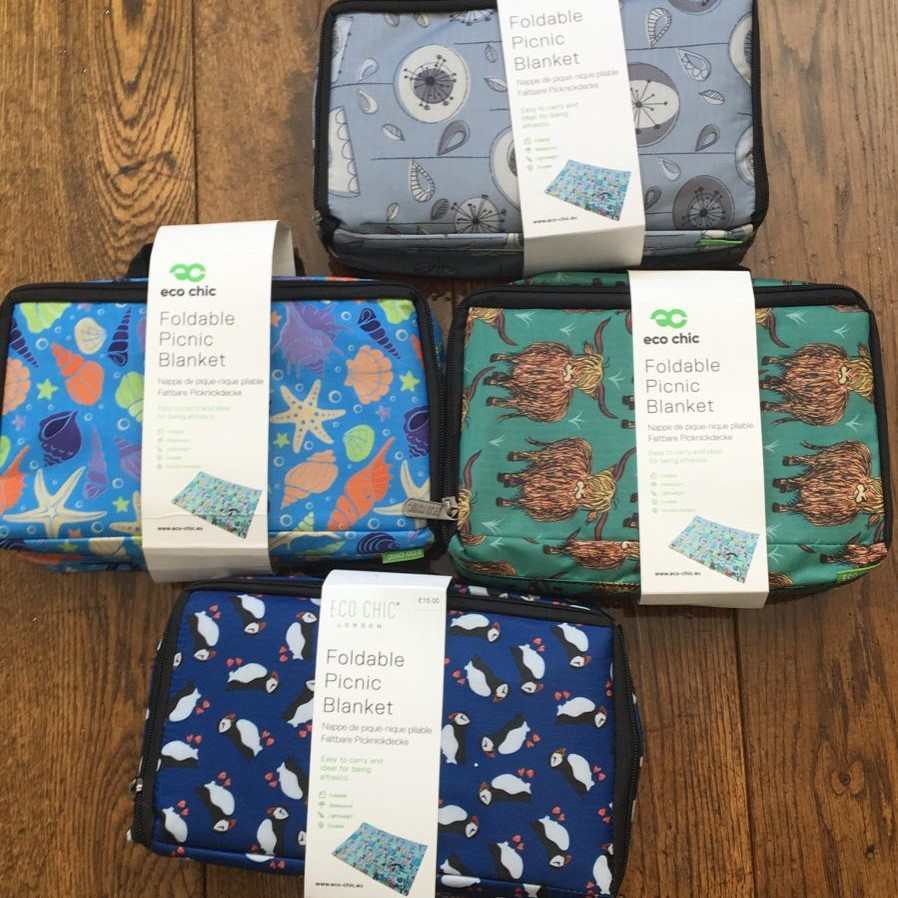 Eco Chic foldable picnic blanket