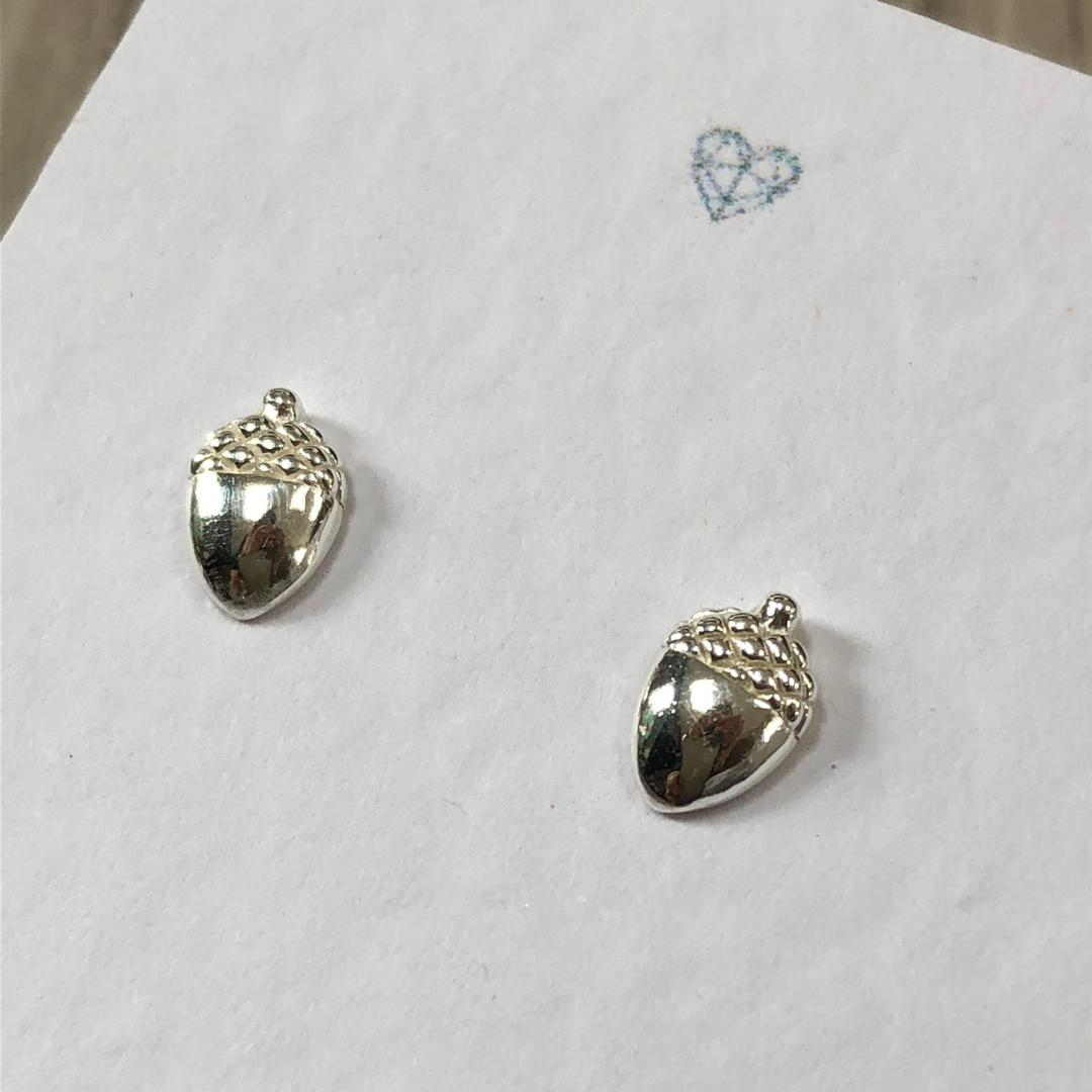 Acorn sterling silver stud earring