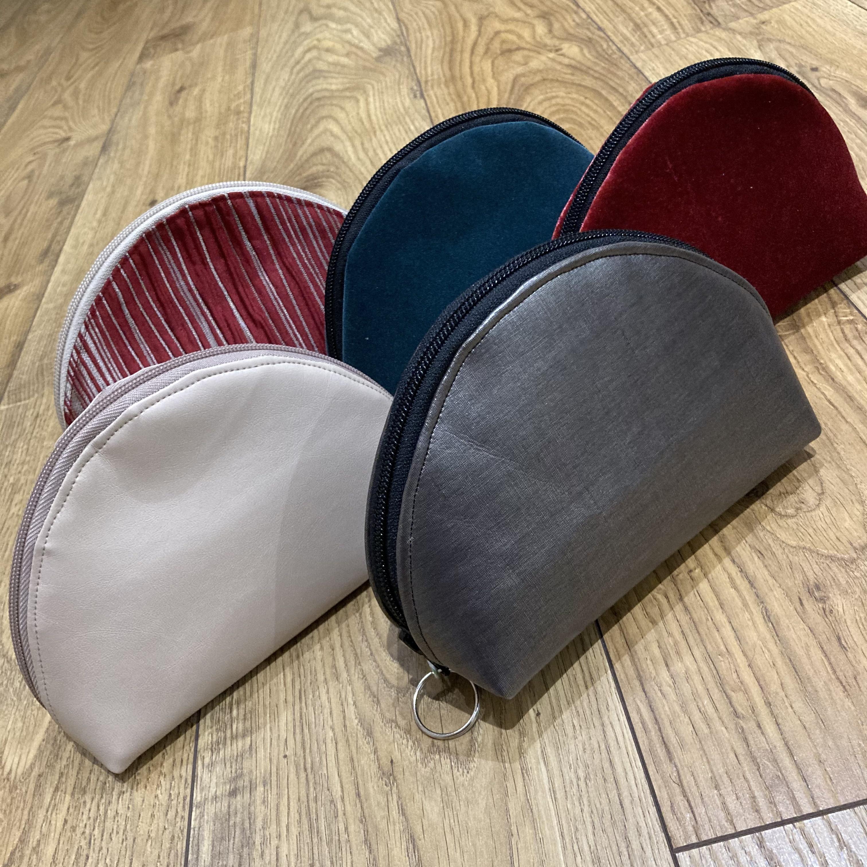 Make up pouch by Stella's stich craft