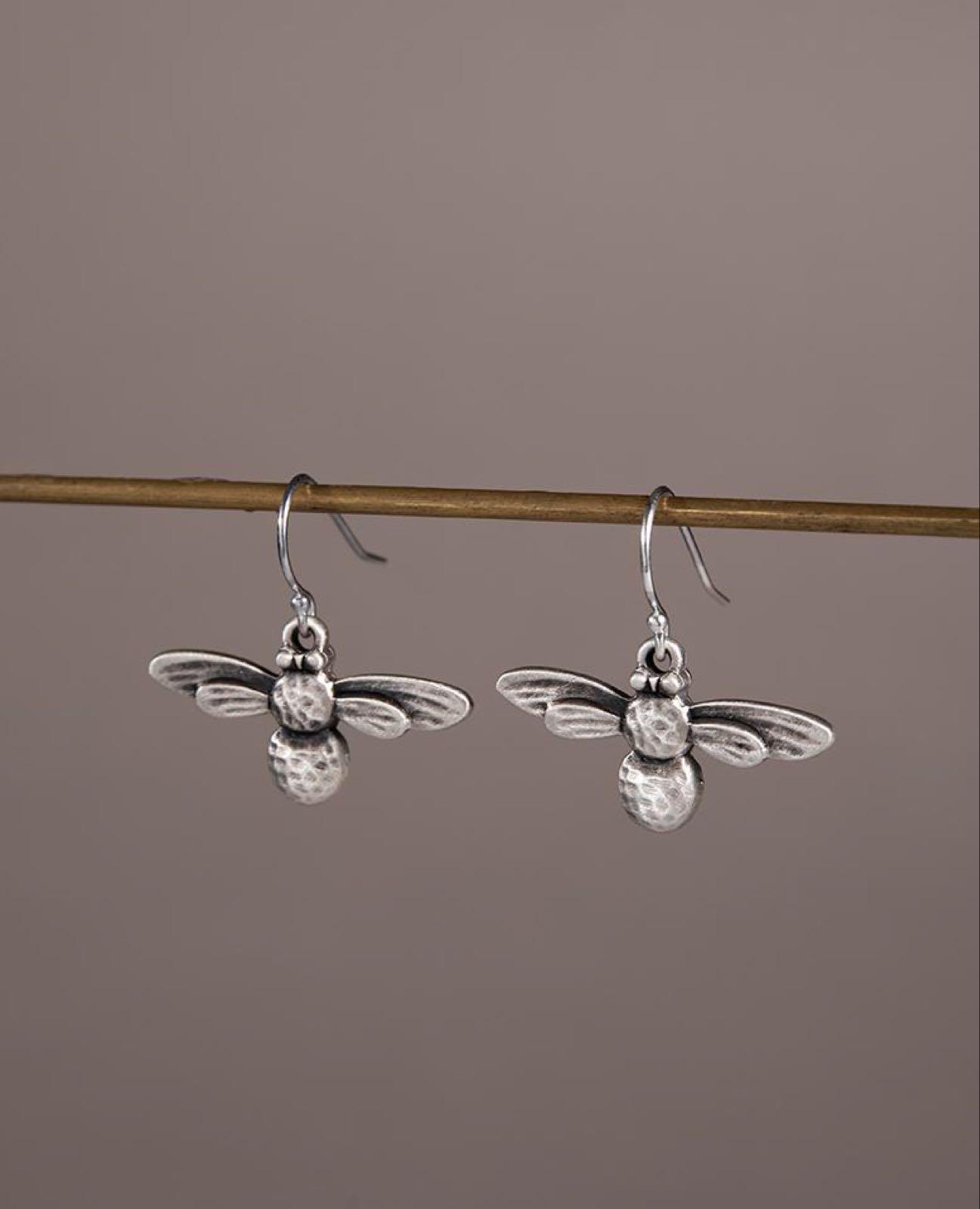 Danon bee earrings