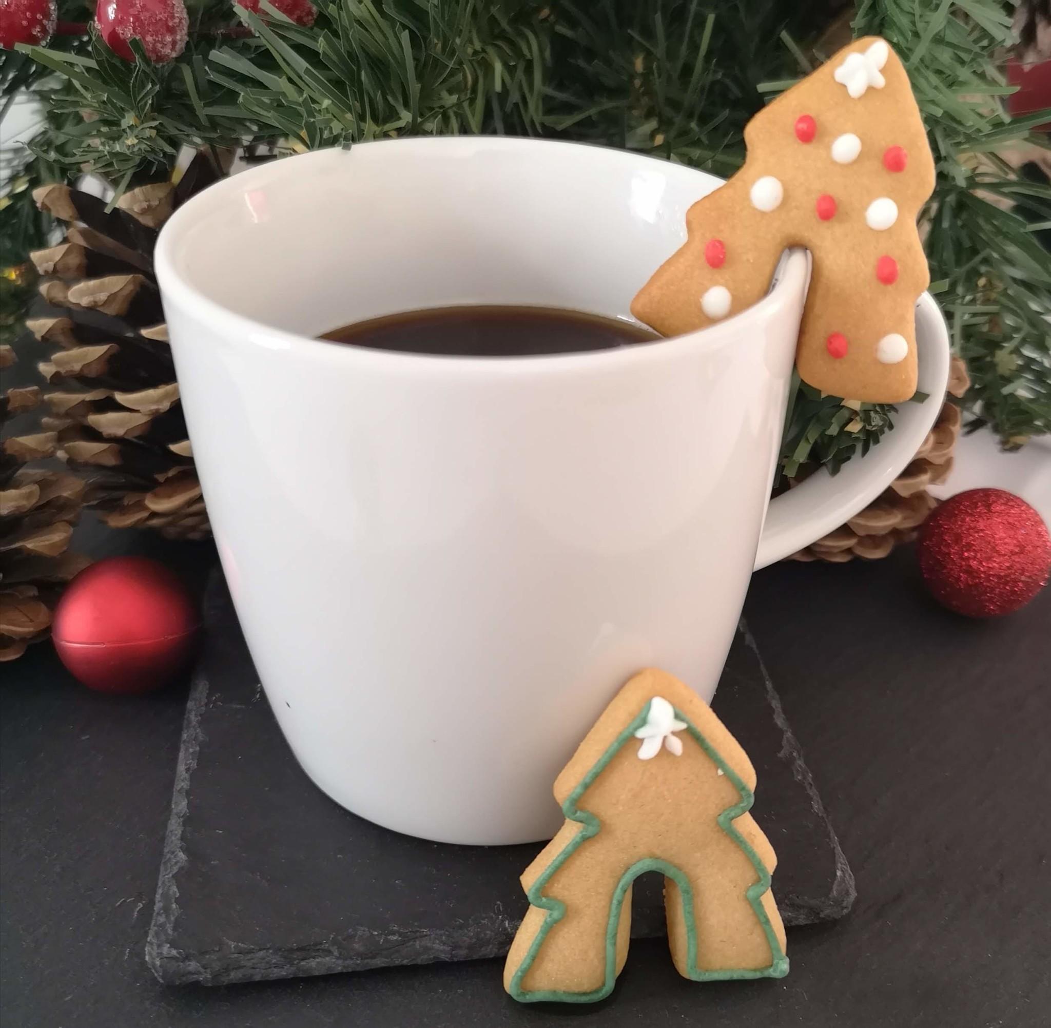 Weddell & Turner - Gingerbread Mug Hugs