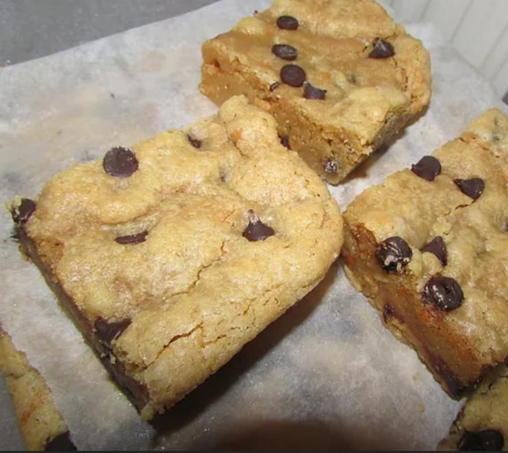 Deerly Beloved Bakery - Peanut Butter Blondie AVAILABLE WEDS-SAT