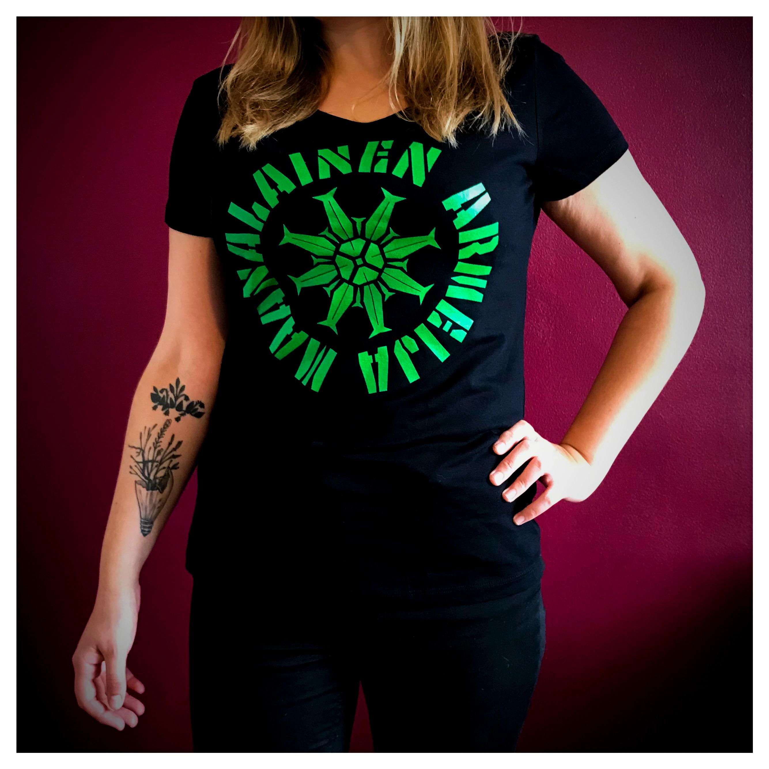 Maanalainen Armeija Lady Fit T-paita (vihreä logo)