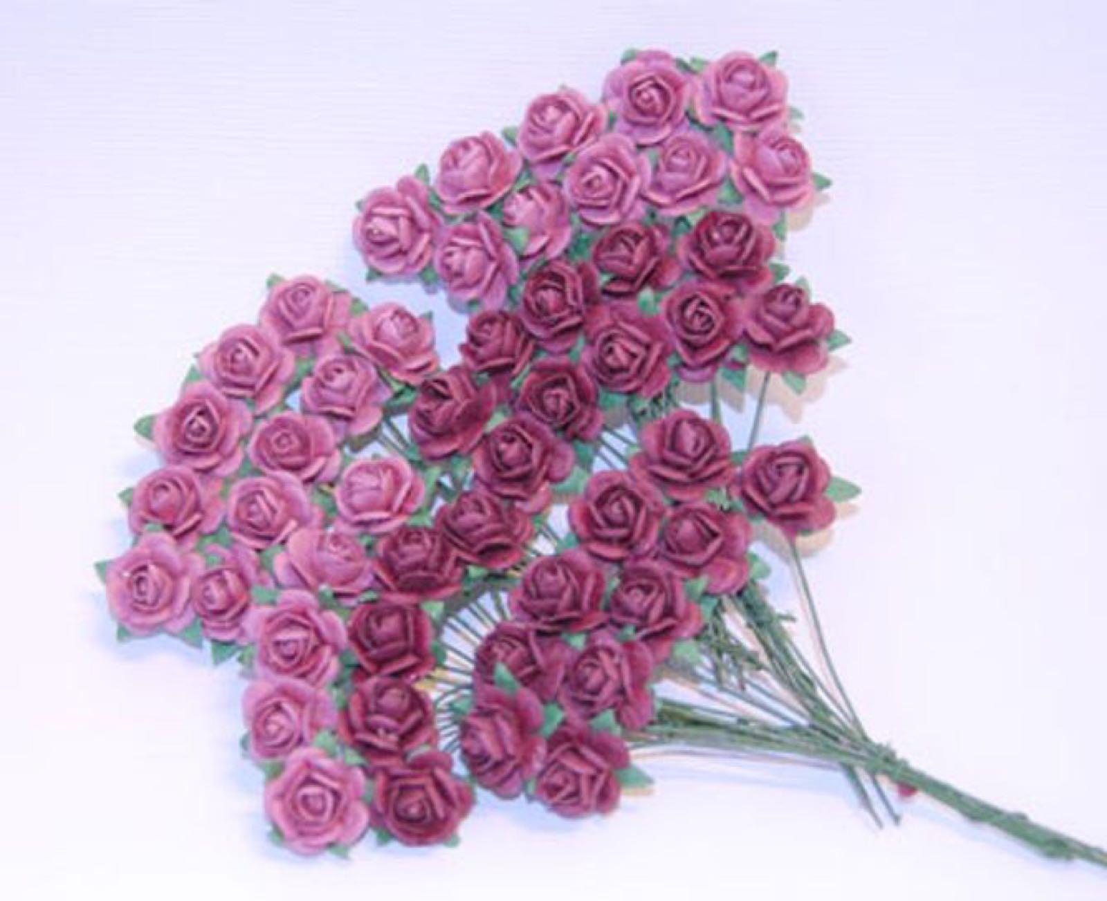 Papirdesign blomster, roser mellomlys-rosa/ mørk rosa (vintage), 1,2cm. 50 stk pr pk.