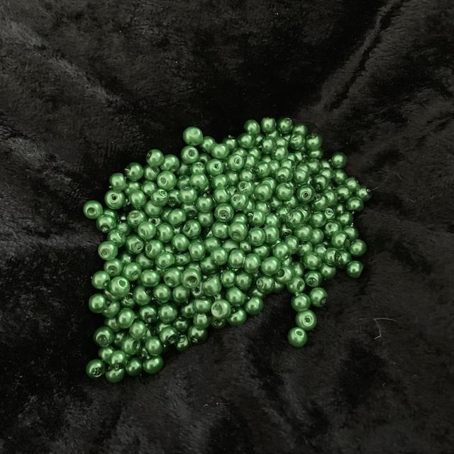 Gröna Vaxade glaspärlor*