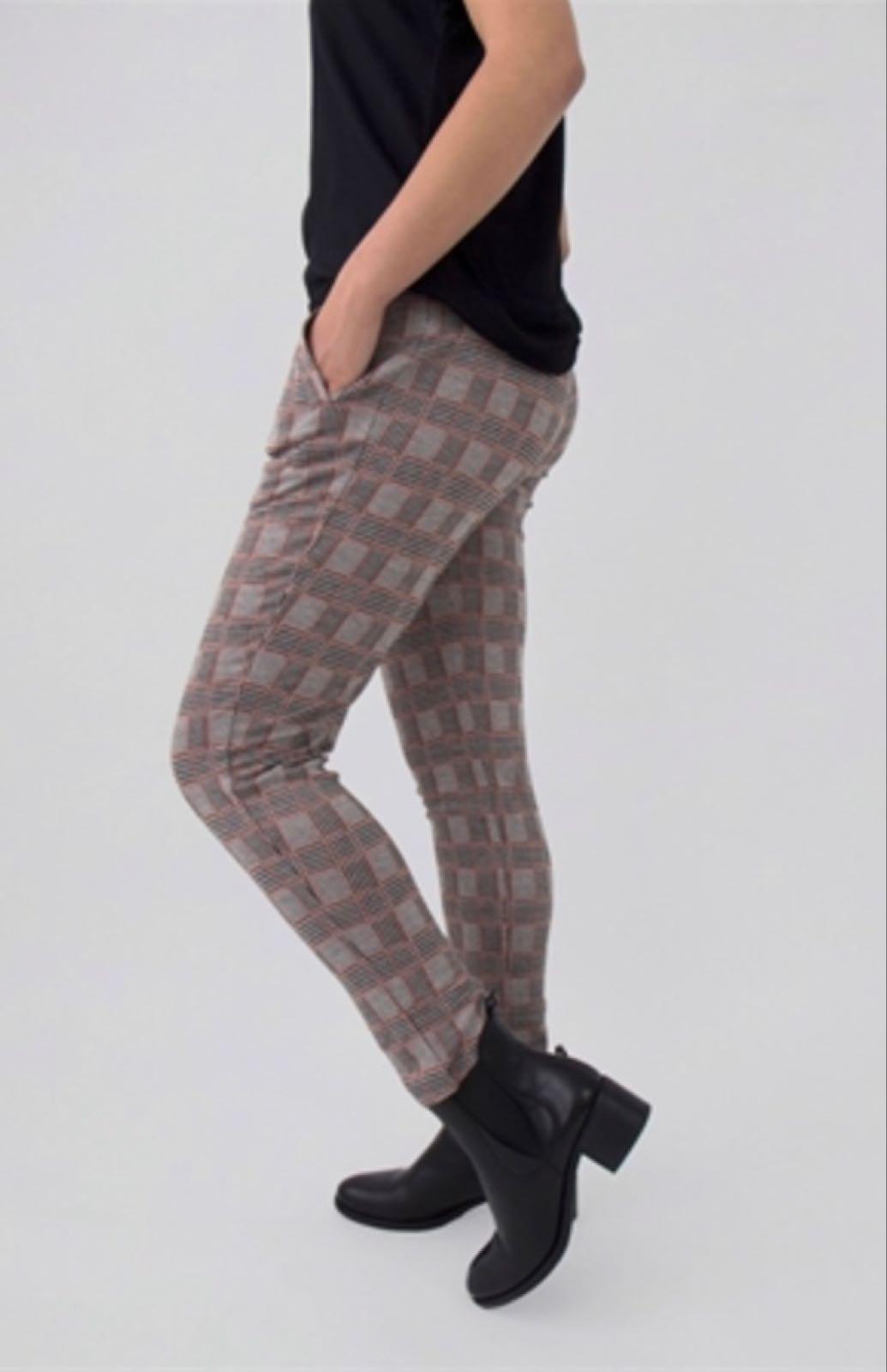 Corinne, pants /black, tangering/sand