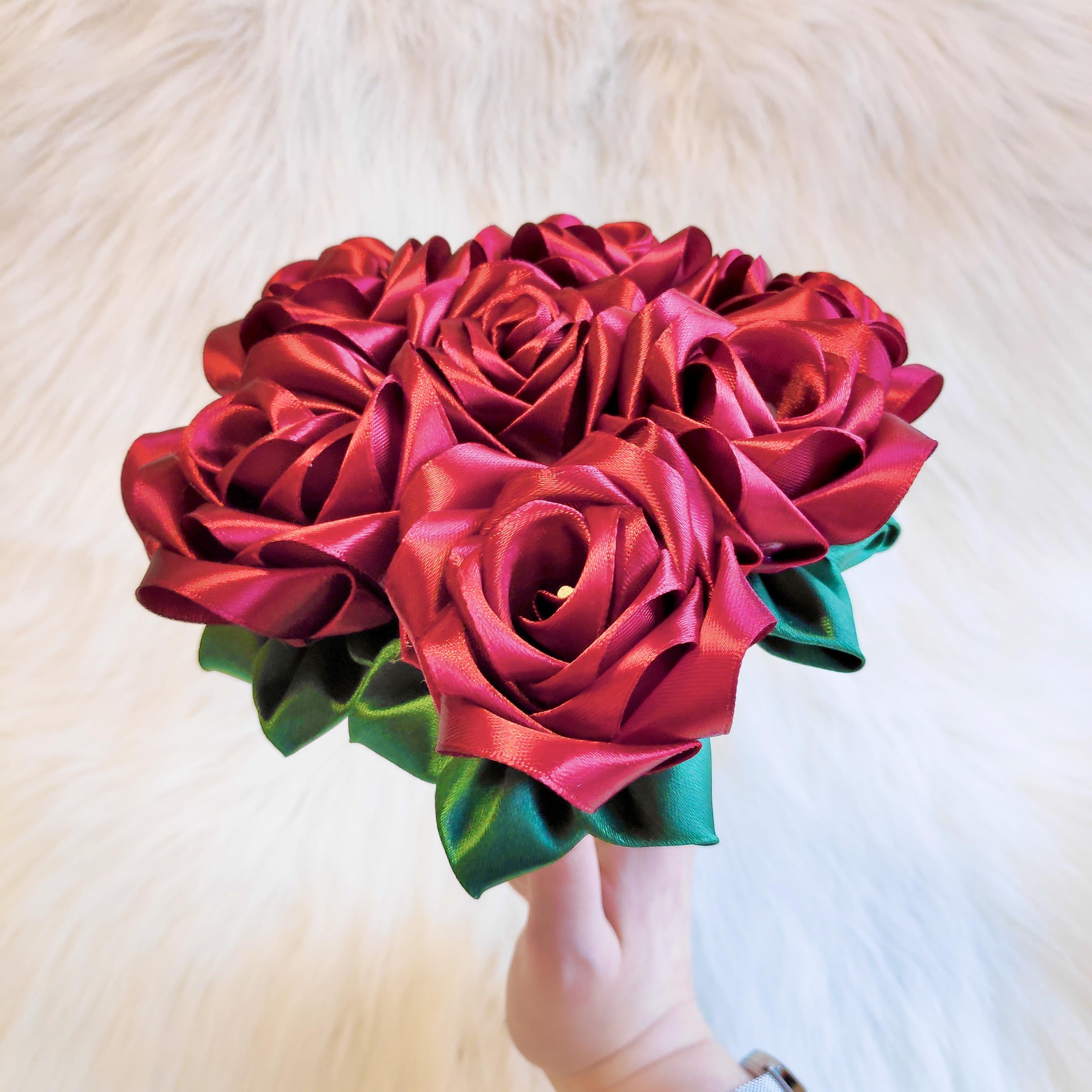 7 Rose Bouquet