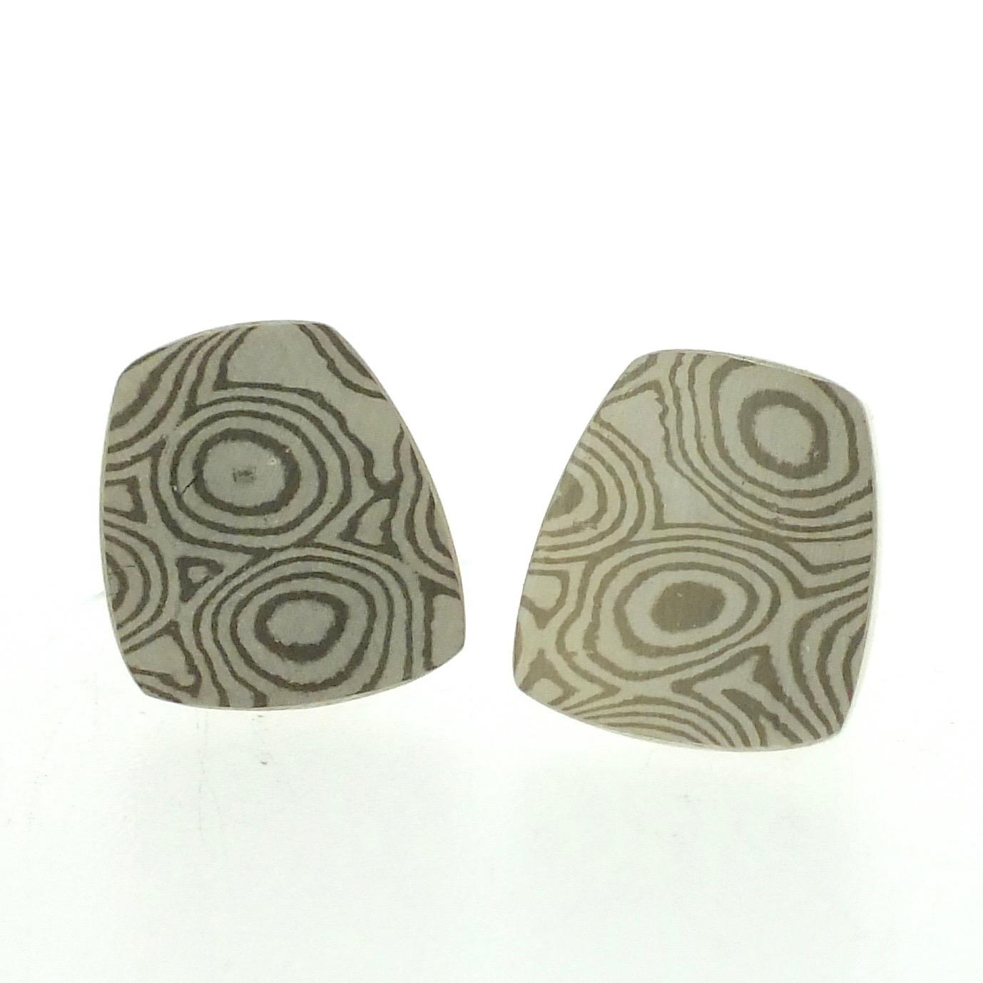 18k white gold and silver mokume gane fower neukit stud earrings