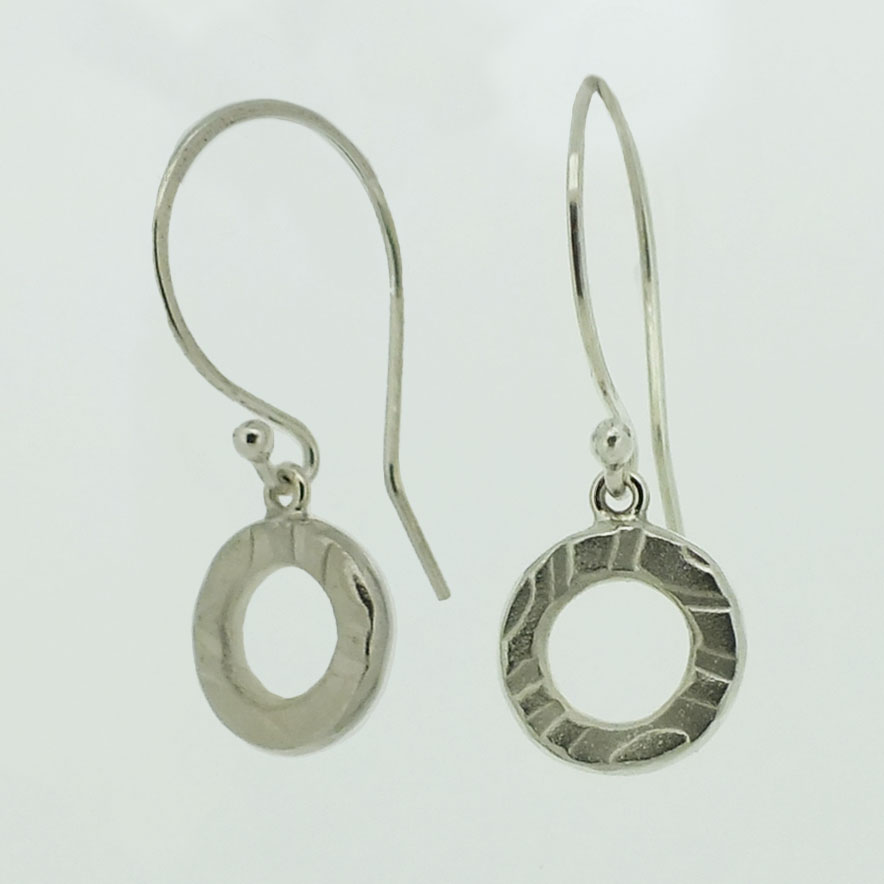 Medium Ring textured silver drop earrings