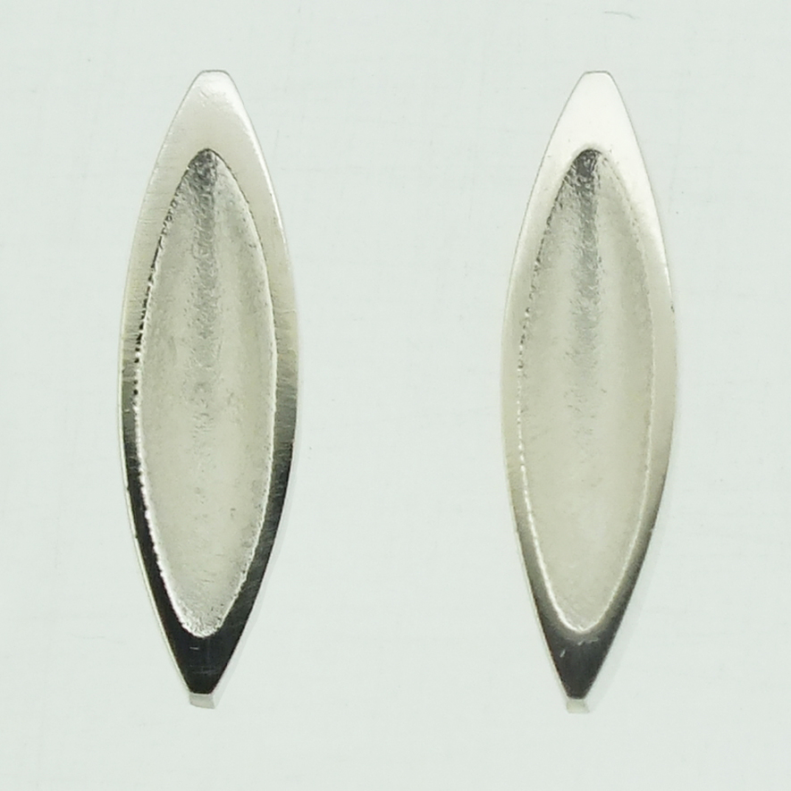 Concave Mandorla frosted silver stud earrings with polished rim