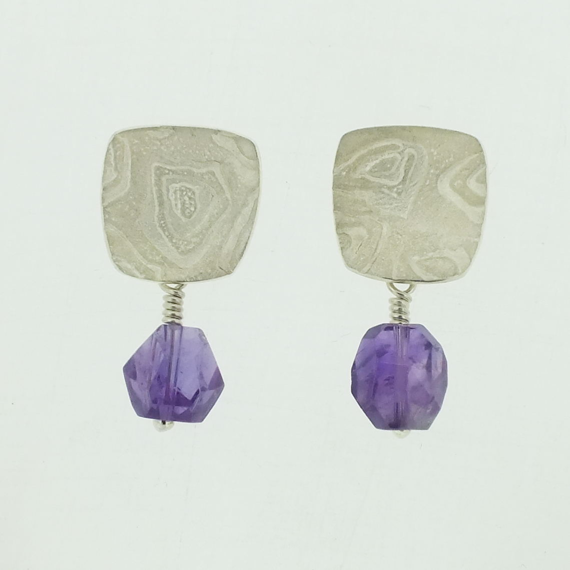 Concave medium 4 neukit textured silver stud earrings with amethyst bead drop