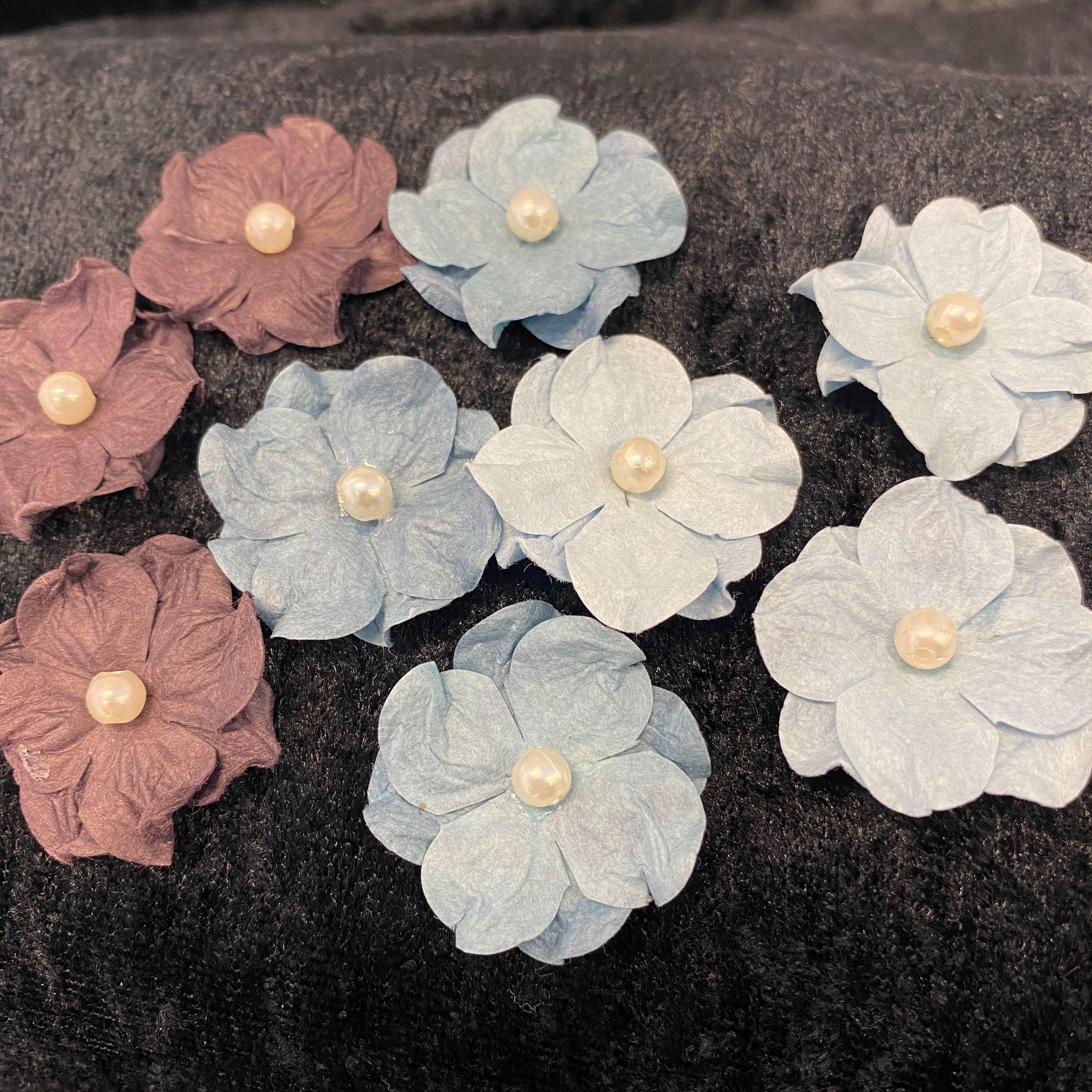 Papirdesign blomster lyseblå blå & lilla