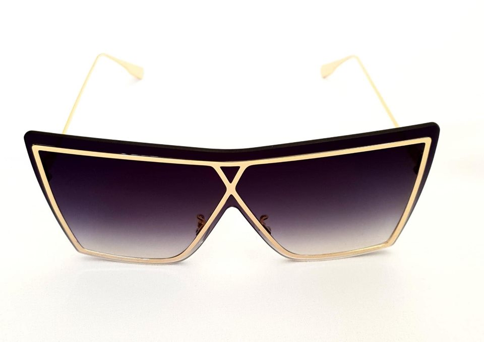Black Oversized Sunglasses With Gold Frame