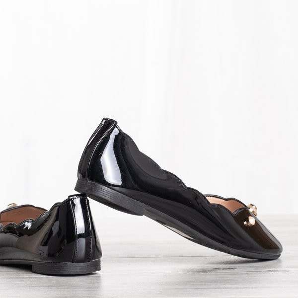 Black Round Toe Ballet Pumps