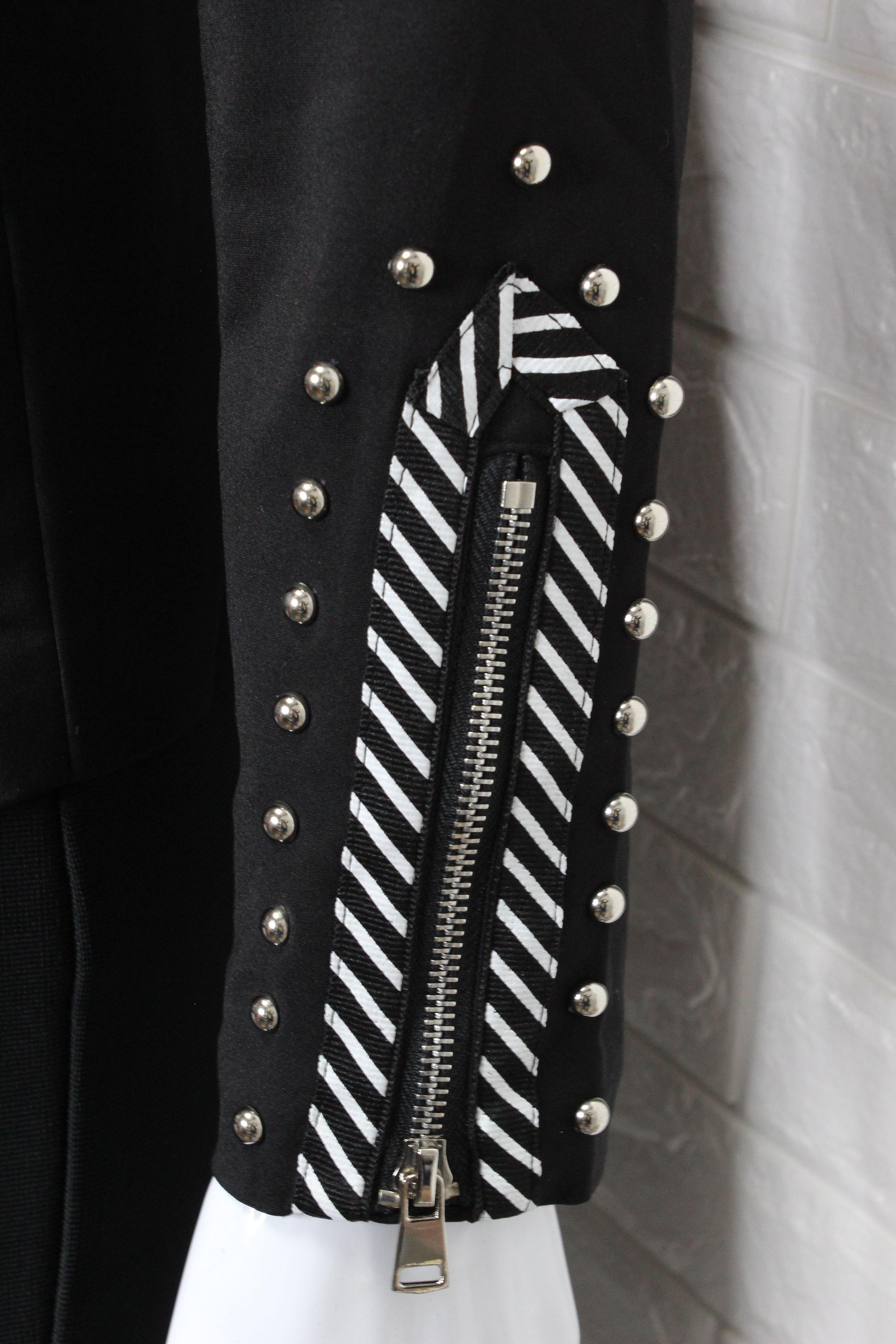 Black Elegant Blazer
