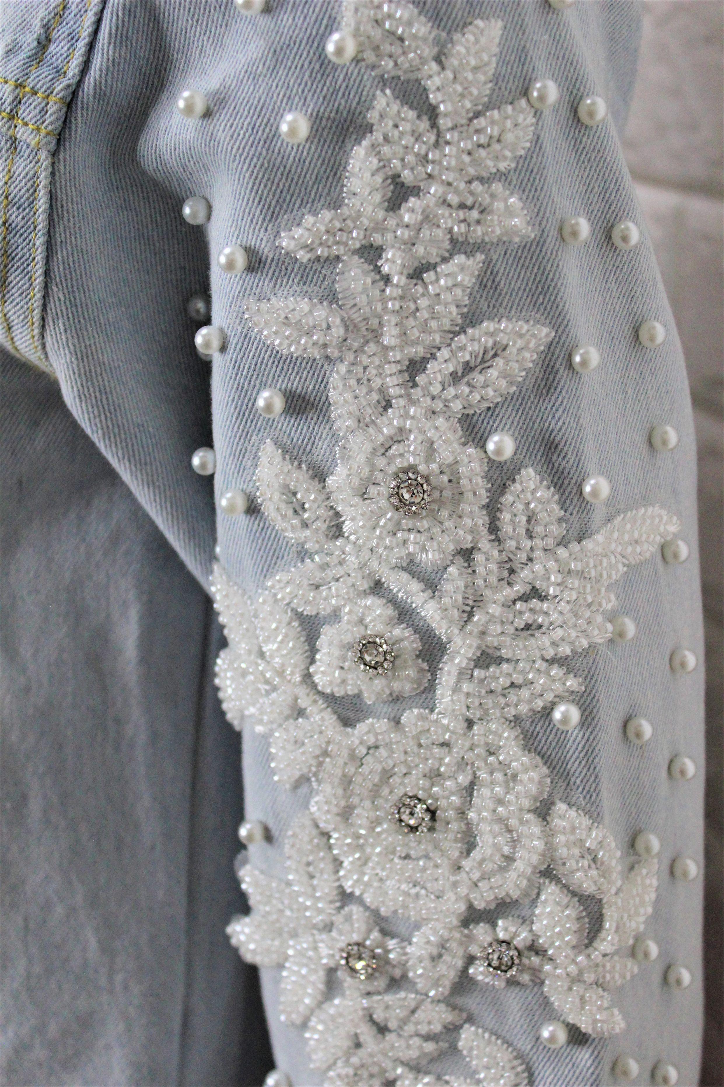Petite Light Wash Cropped Denim Jacket