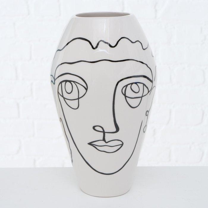 "Vase ""Face"""
