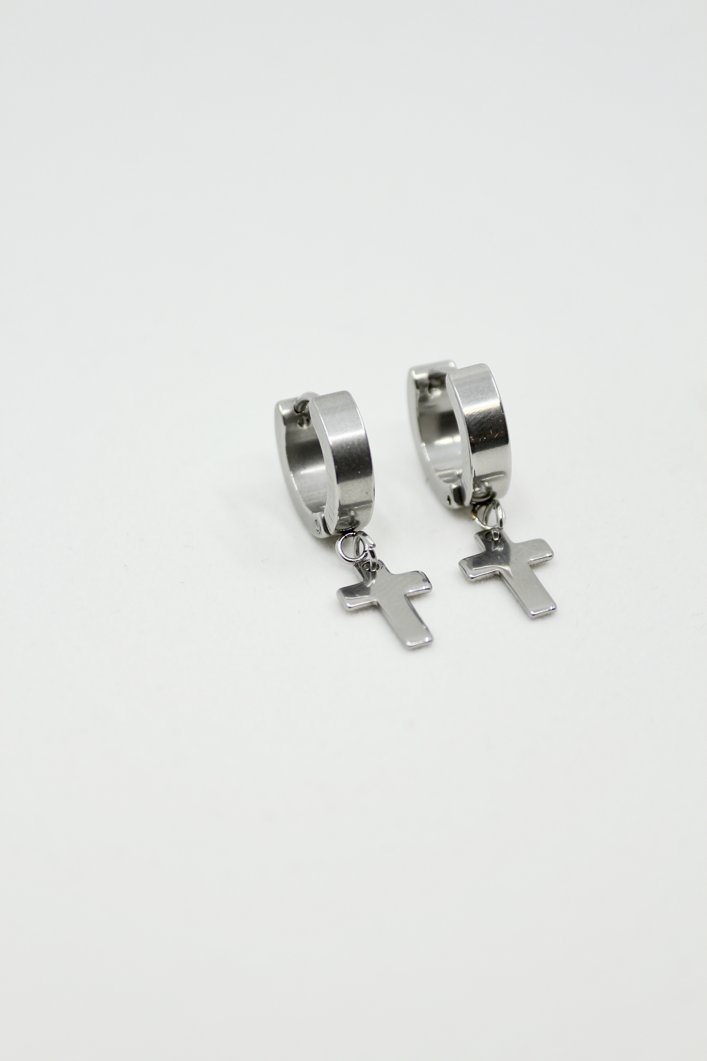 "Ear Huggies ""Cross"""