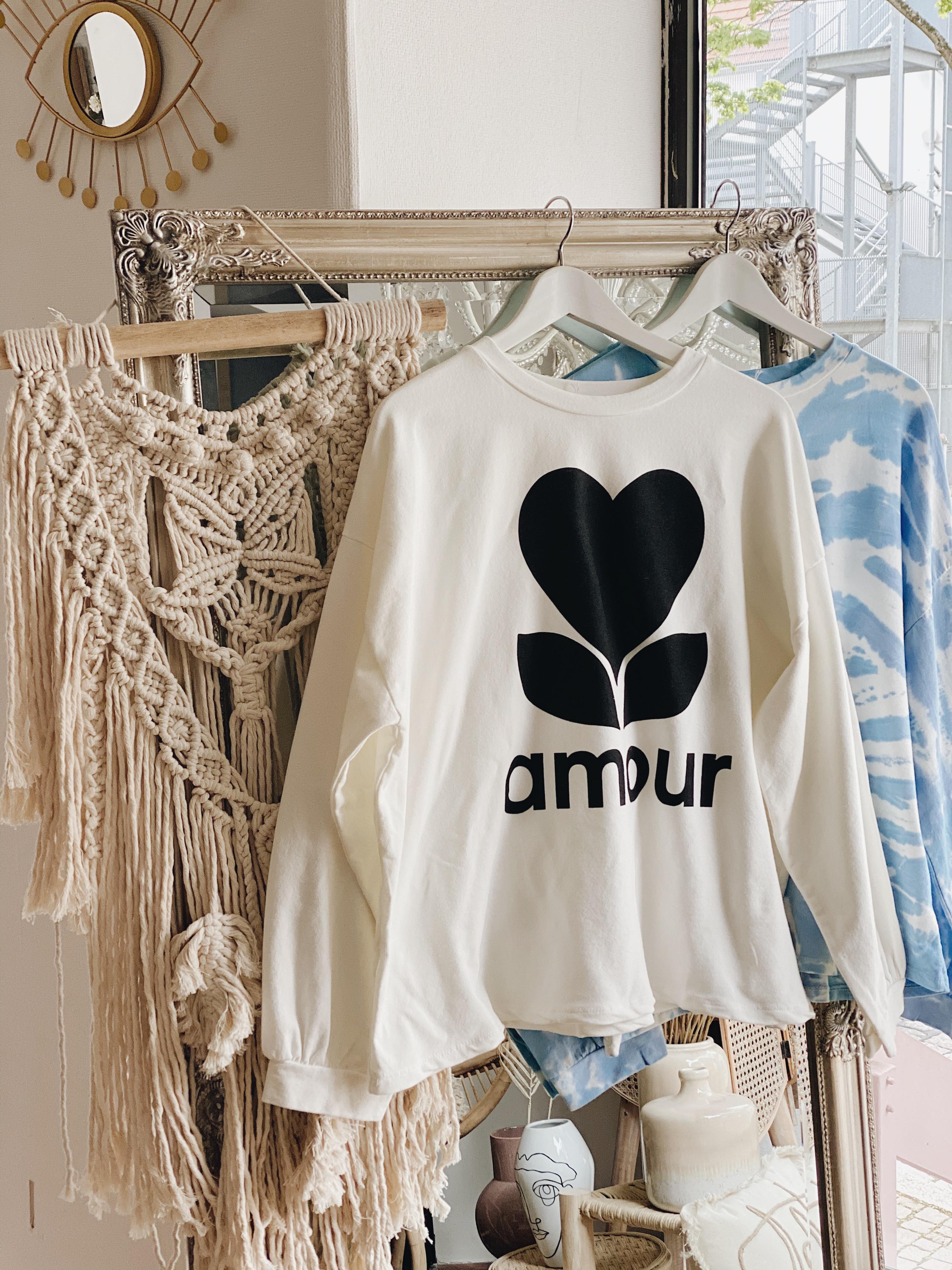 """Sweatshirt """"AMOUR"""""""