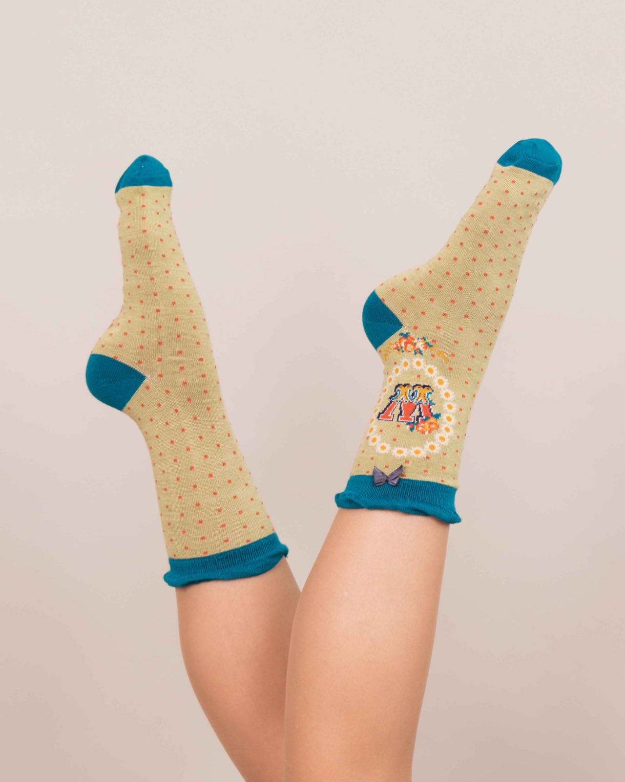 Powder Alphabet socks W (product may differ from item shown in the photo) 4-6 ladies