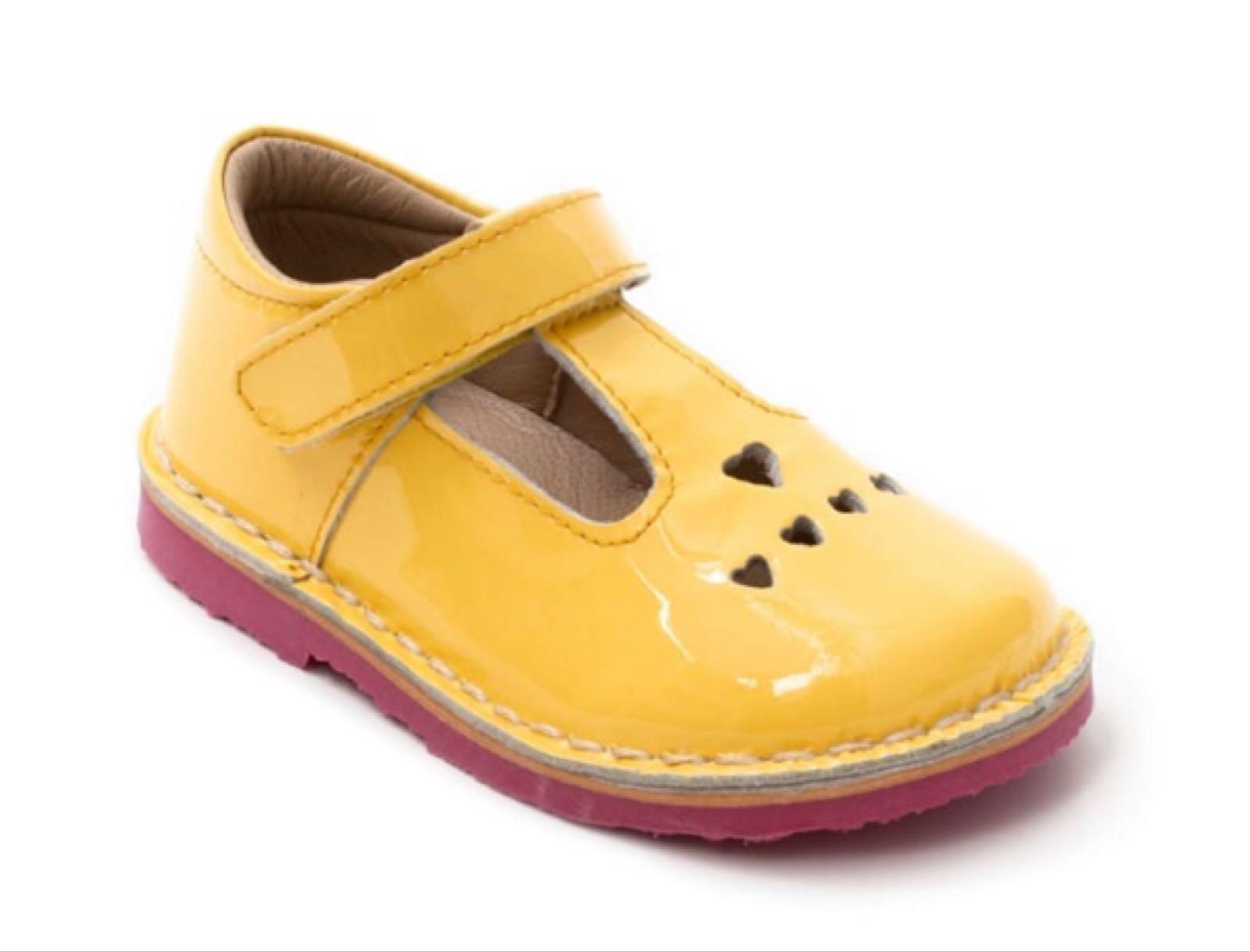 Petasil Sonia/5878, Yellow Patent