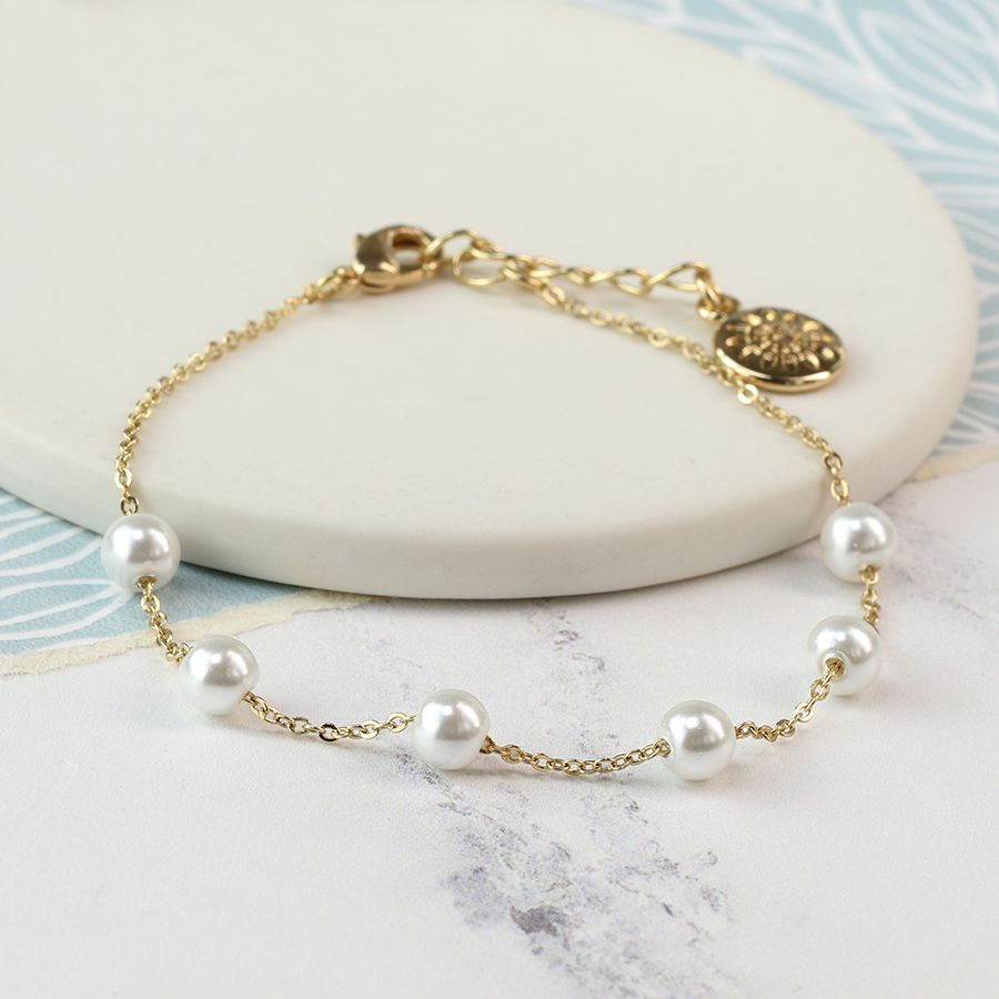 Bracelet Gold Plated Chain with White Pearls