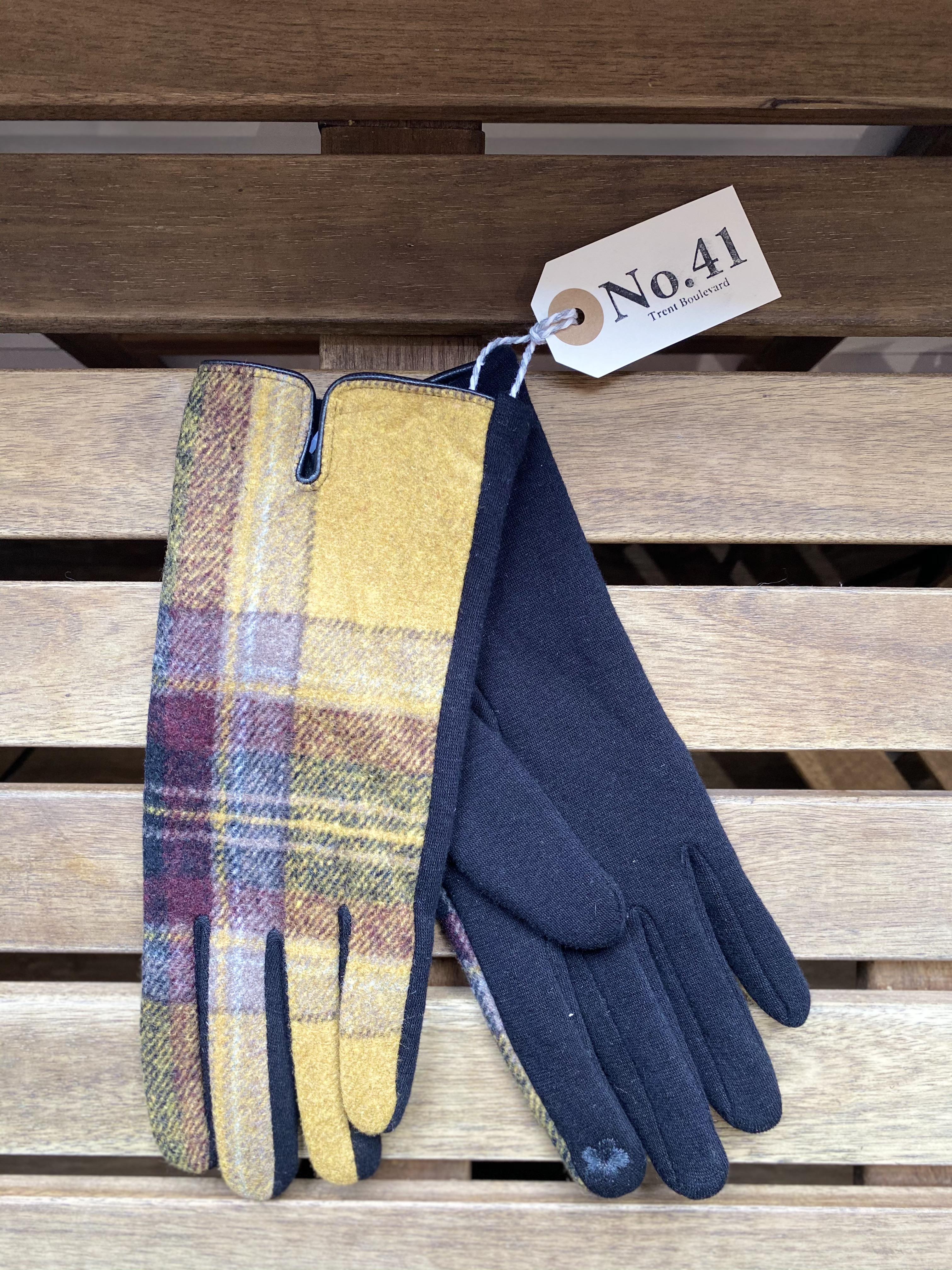 Gloves Brown & Mustard Check