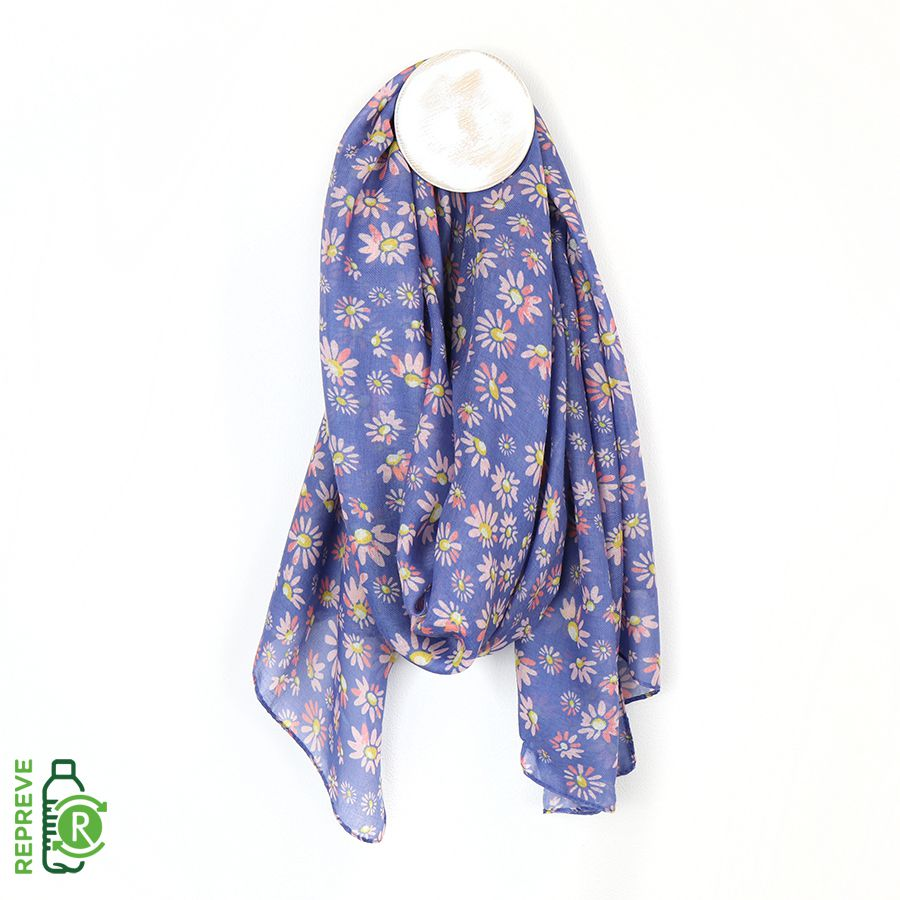 Blue/Lilac Daisies Print - Made from recycled plastic bottles)