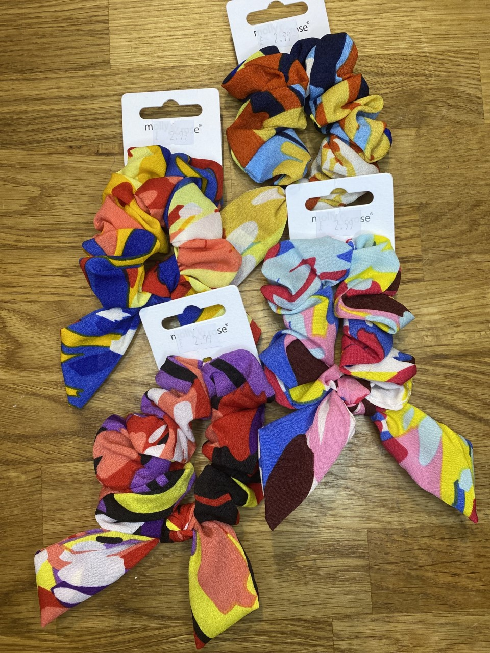 Psychodelic Print Scrunchie with Short Tails