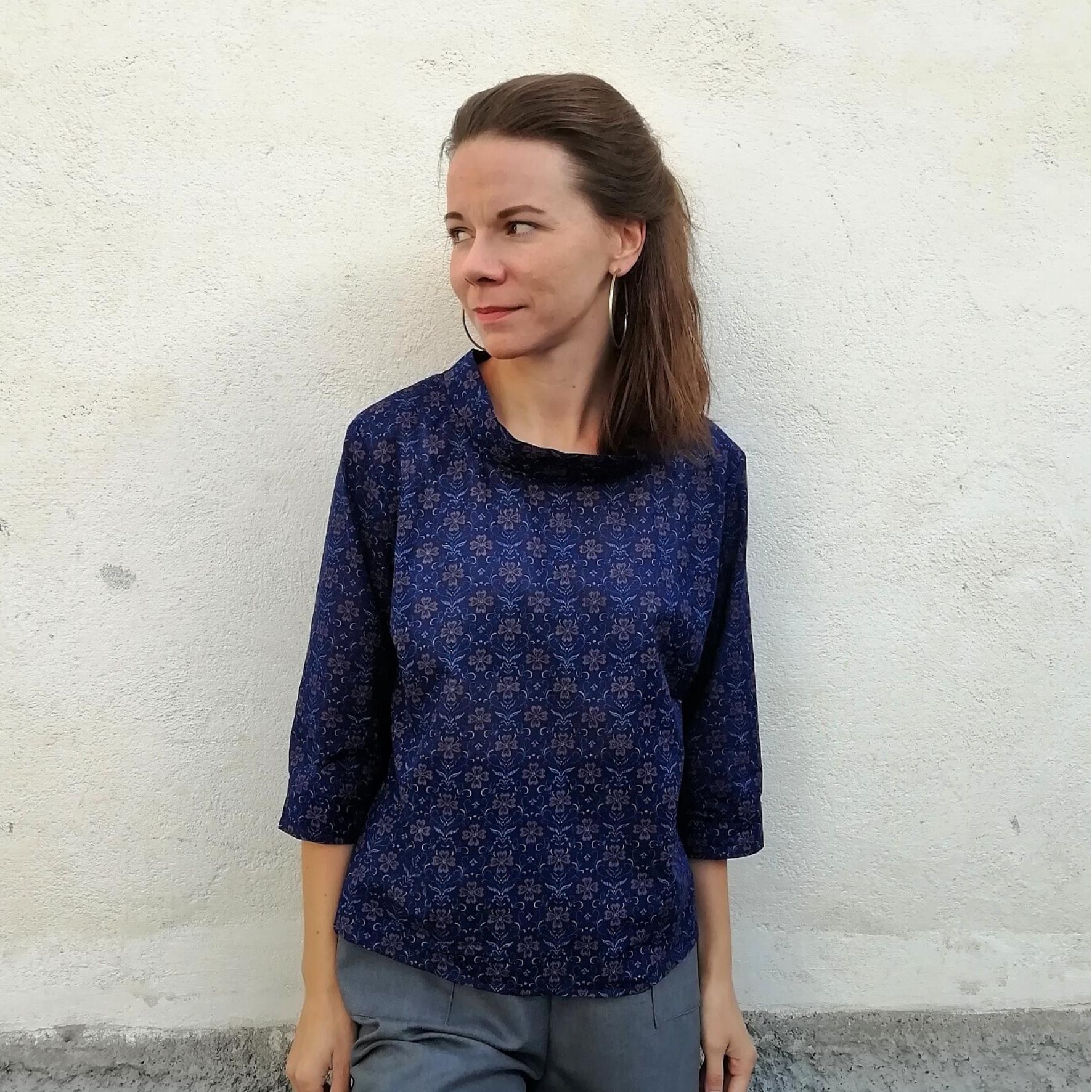 Kukallinen pusero kierrätyskankaasta - Aana Ilona