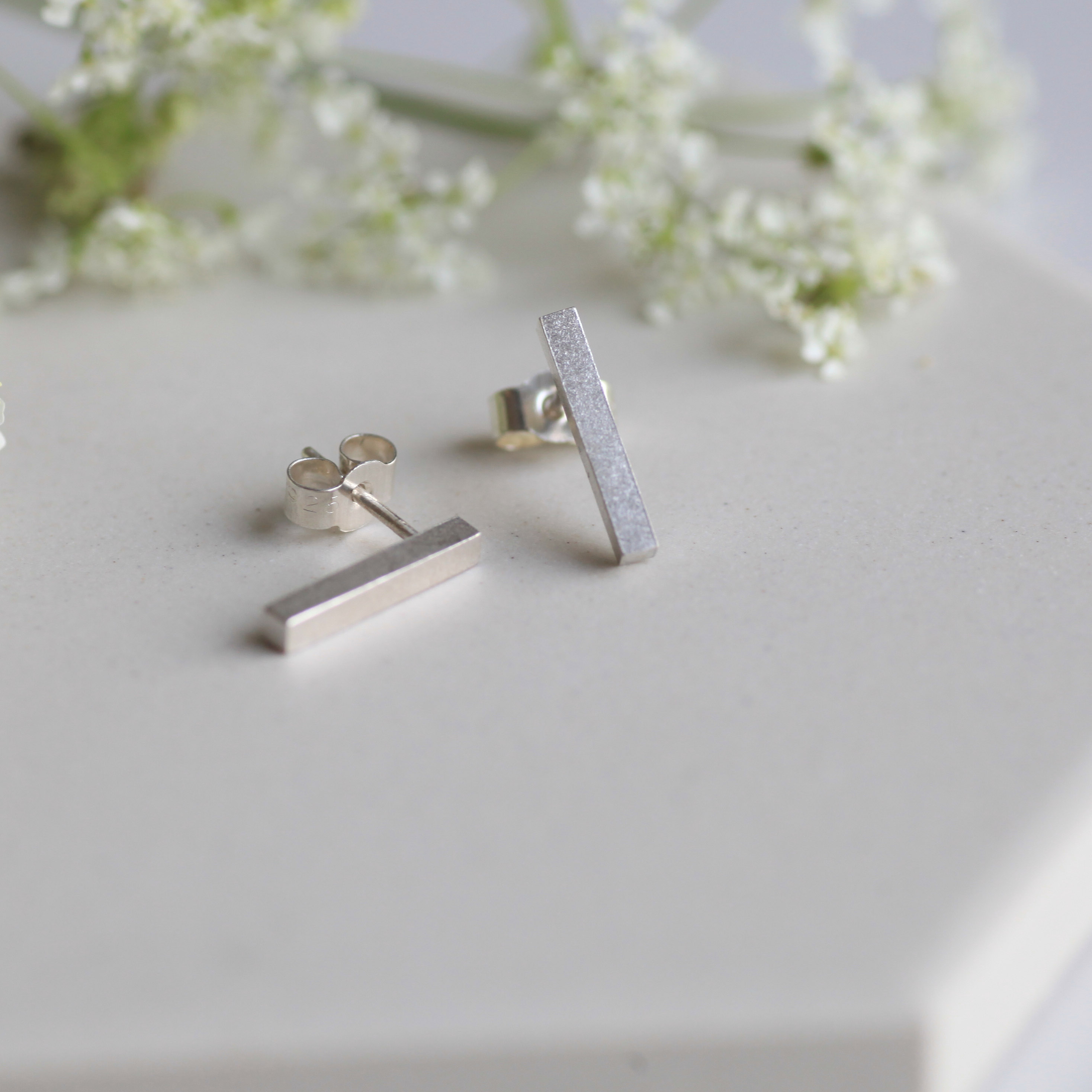 Bar earrings - Karina