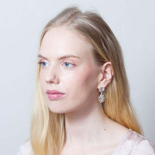 Aurora isot korvakorut - Karina
