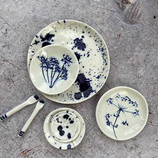 SMALL SPLATTER PLATE BLUE TRINKET TRAY