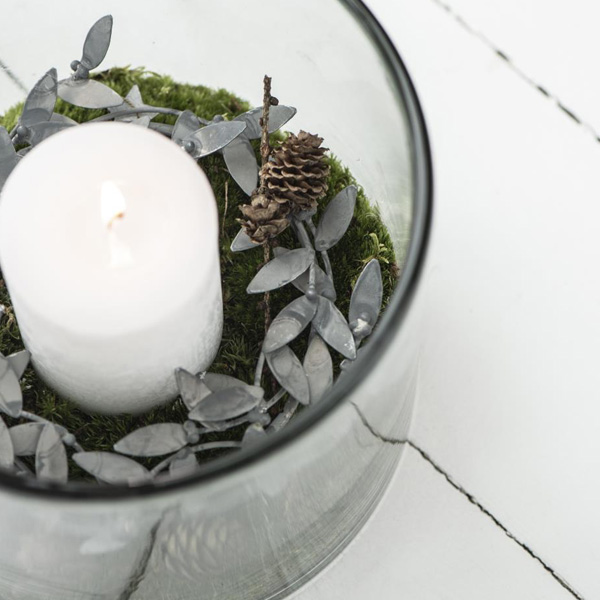 METAL MISTLETOP CANDLE RING