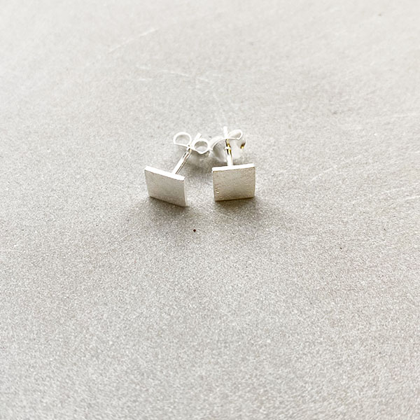 TINY BRUSHED SILVER SQUARE STUD EARRINGS