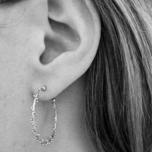 E30 SILVER TEXTURED HOOP EARRINGS