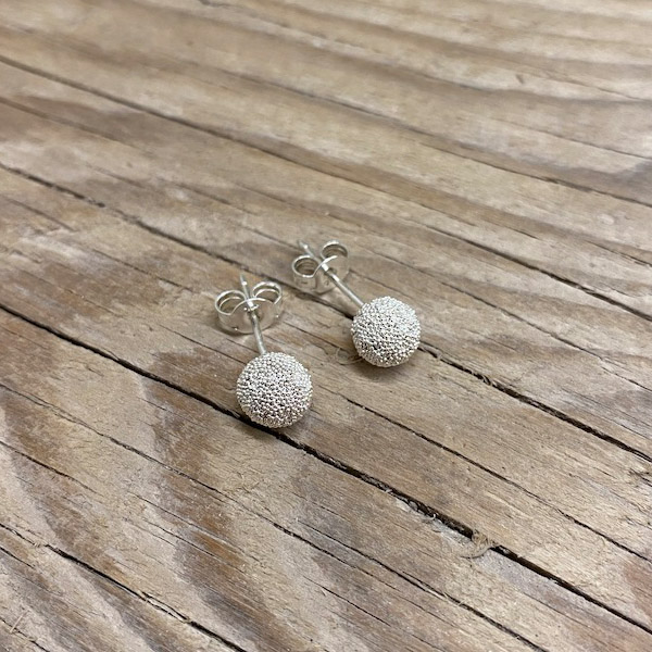 SMALL TEXTURED BALL STUD EARRINGS