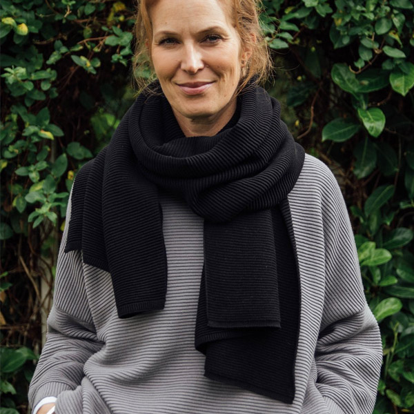 TILLY KNITTED SCARF BLACK
