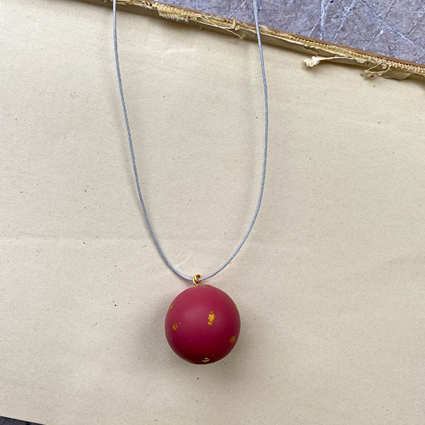COCOA & GOLD SINGLE BALL NECKLACE PINK & GOLD