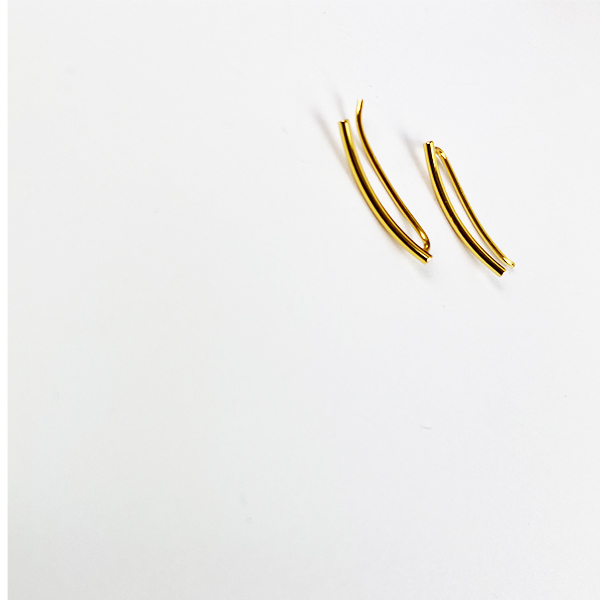 GOLD WAVE SMALL CUFF EARRINGS
