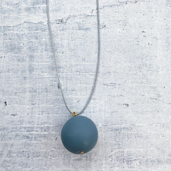 COCOA & GOLD SINGLE BALL NECKLACE TEAL