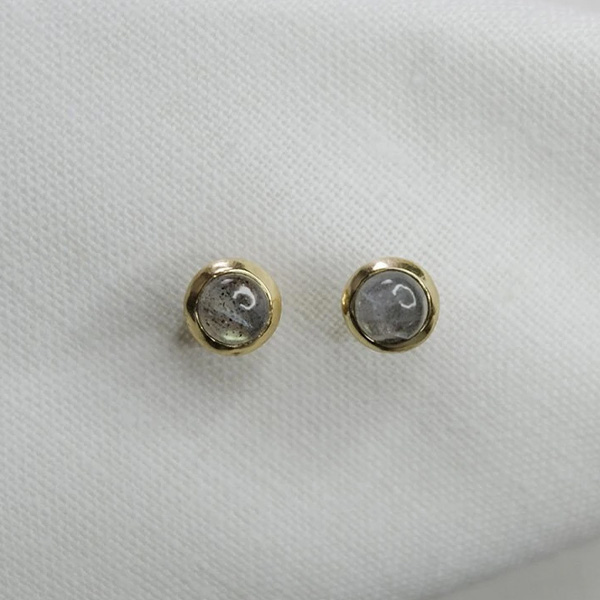 KARANA LABRADORITE STUD EARRINGS