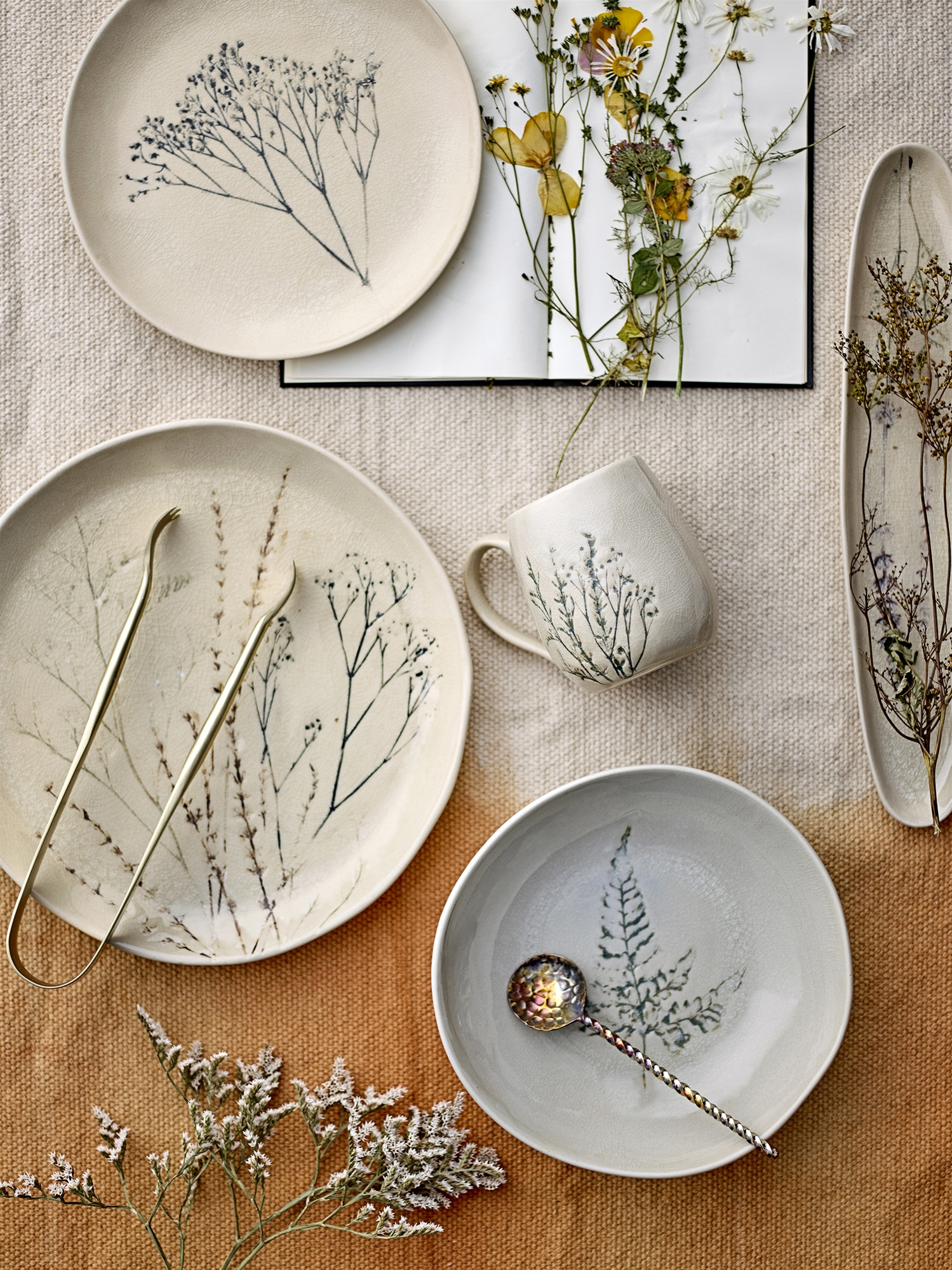 BEA SERVING TRAY PLATE LAVENDER