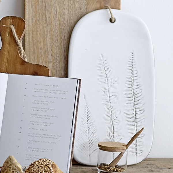 STONEWARE SERVING TRAY WITH NATURE DETAIL