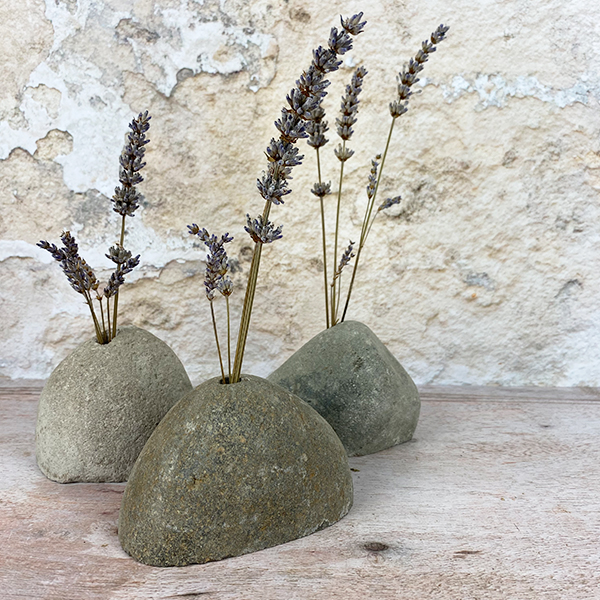 UNIQUE ROCK VASE FOR SMALL POSIES