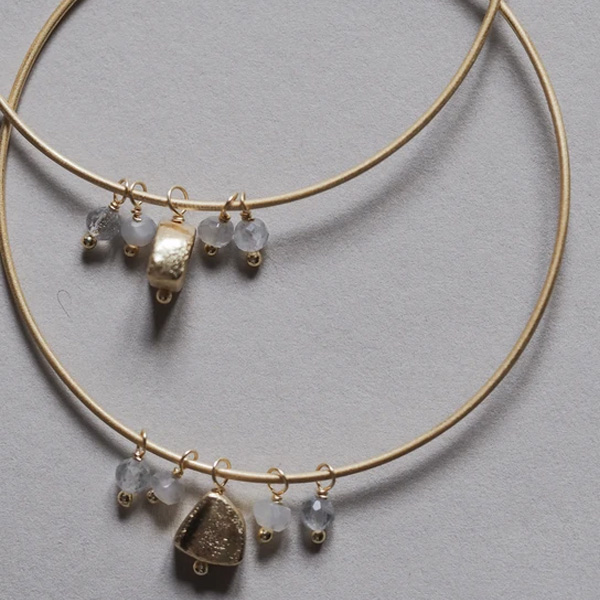 EYLIA GOLD HOOP EARRINGS WITH STONES
