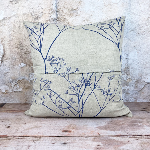 COW PARSLEY PRINTED LINEN/COTTON LARGE 55X55 CUSHION