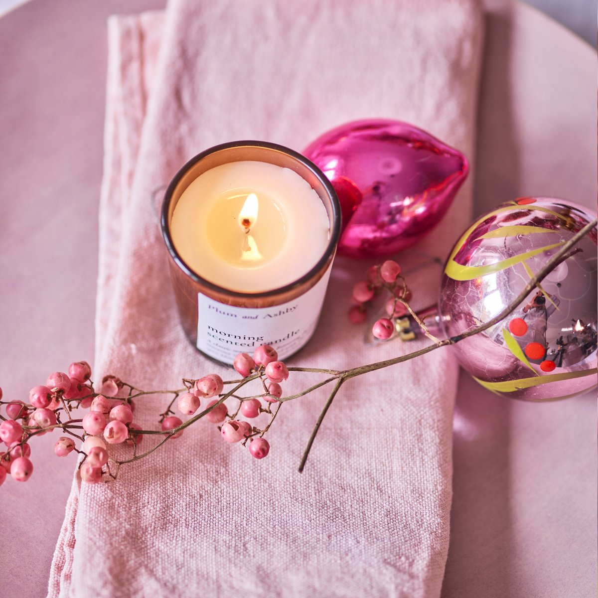 SPICED ORANGE AND RED BERRY VOTIVE CANDLE