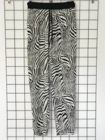 Byxa med zebraprint