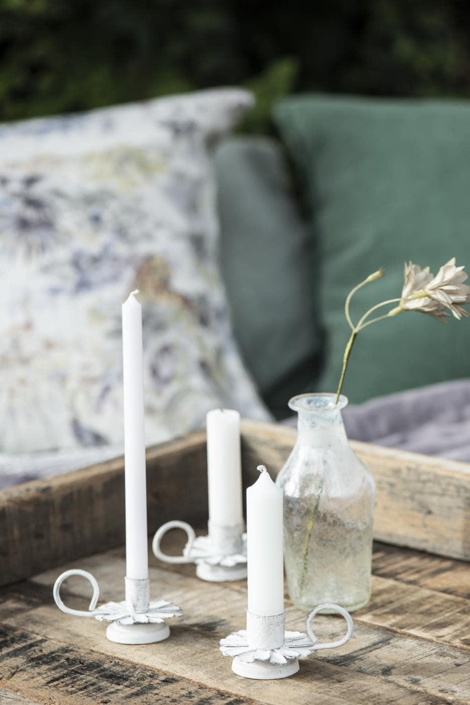 IB Laursen dünne hohe Kerze weiß